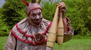 american-horror-story-twisty-the-clown