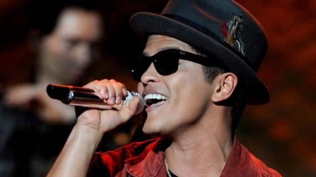 bruno mars american music awards amas 2016