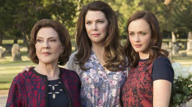 'Gilmore Girls: A Year in the Life' reviews: 'I laughed, I cried, I immediately wanted another helping'