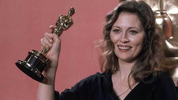 Faye-Dunaway-Oscars