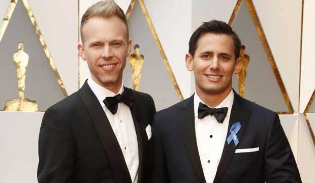 Benj-Pasek-Justin-Paul-La-La-Land-Oscars-EGOT