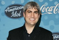 Season 5: Taylor Hicks Every 'American Idol' winner (Seasons 1-15) Who out sung the competition?