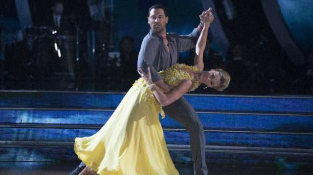 maksim chmerkovskiy dancing with the stars heather morris dwts
