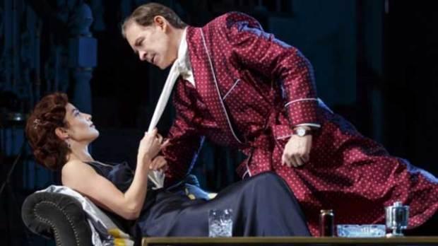 Present-Laughter-Kevin-Kline-Cobie-Smulders-Broadway