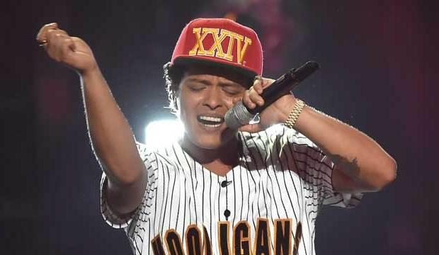 BET-Awards-Bruno-Mars