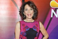 andrea-martin-great-news-red-carpet