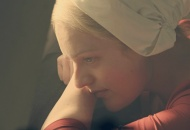 the-handmaids-tale-season-1-episode-9-elisabeth-moss