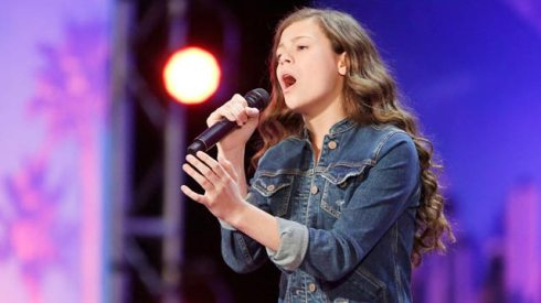 America's-Got-Talent-Top-10-acts-of-2017-Angelina-Green