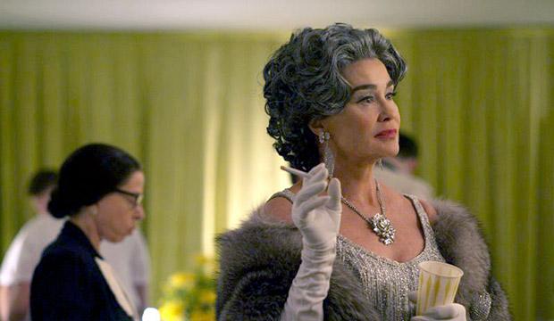 """Jackie Hoffman as Mamacita & Jessica Lange as Joan Crawford in """"And the Winner is…"""""""