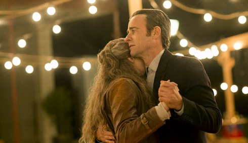 """Carrie Coon as Nora Durst & Justin Theroux as Kevin Garvey in """"The Book of Nora"""""""
