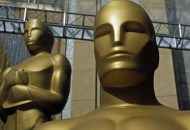 oscar-statuettes-trophies-atmosphere