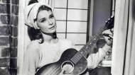 moon-river-breakfast-at-tiffany's-audrey-hepburn-oscar-best-original-song