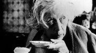 Oldest-Female-Oscar-Nominees-Edith-Evans