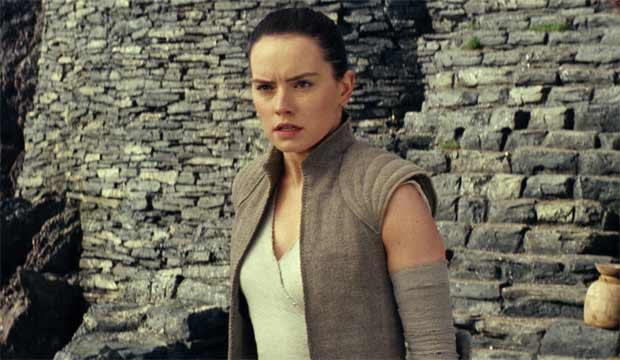 'Star Wars: The Last Jedi' reviews: 'Grand' and 'heartfelt' and the best since 'Empire Strikes Back'
