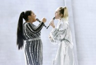 the-voice-finalists-miley-cyrus-brooke-simpson