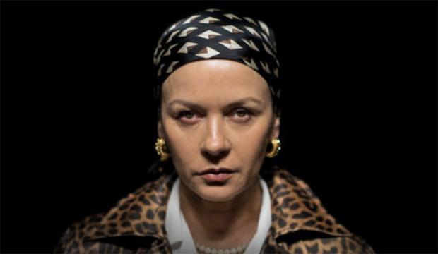 Catherine-Zeta-Jones-Cocaine-Godmother