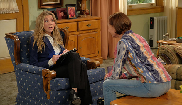 Sarah Chalke and Laurie Metcalf, Roseanne