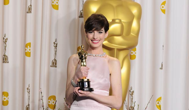 Anne Hathaway 15 greatest films ranked: 'Les Miserables ...