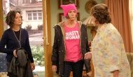 Sara Gilbert, Laurie Metcalf and Roseanne Barr, Roseanne