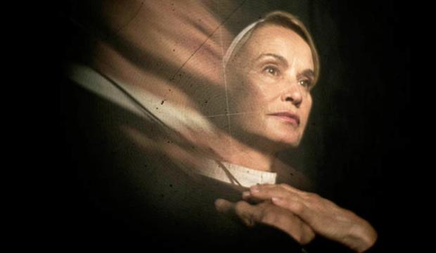 jessica-lange-american-horror-story-asylum