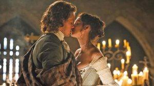 Outlander-most-romantic-scenes-the-wedding-2