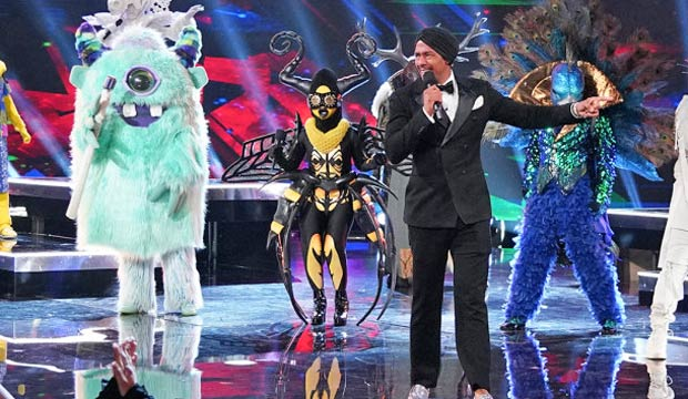 059051a03eb2 monster-bee-peacock-masked-singer-finale. Michael ...