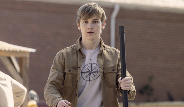 the-walking-dead-Matt-Lintz-Henry