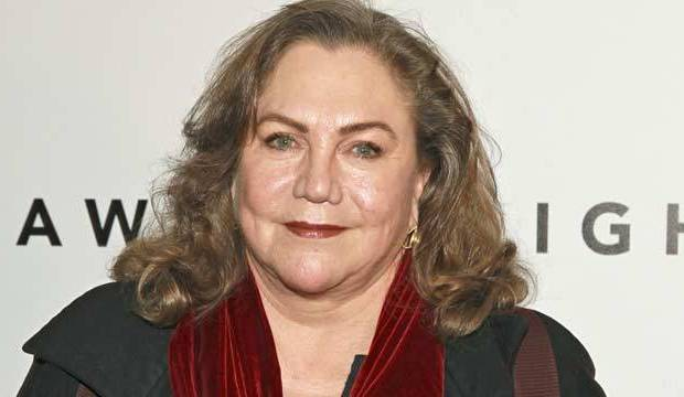 Kathleen-Turner-movies-ranked