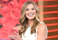 hannah-brown-the-bachelorette-roses