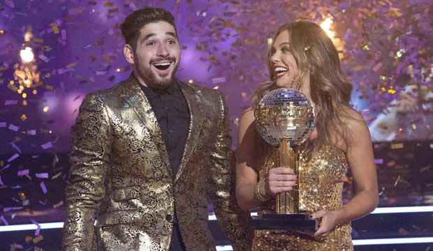 Hannah Brown and Alan Bersten win DWTS