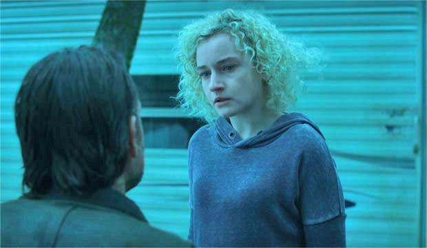 Emmy Episode Analysis Julia Garner Ozark In The Gold