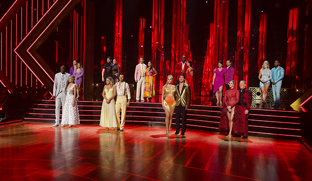 Dancing With The Stars 28 Week 5 Dances Who S Dancing What Goldderby