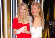 christie brinkley and sailor brinkley cook on dancing with the stars dwts