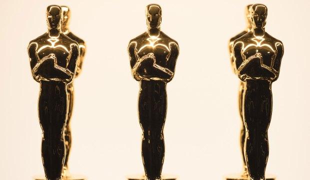 Oscar statuette trophy atmosphere Academy Award