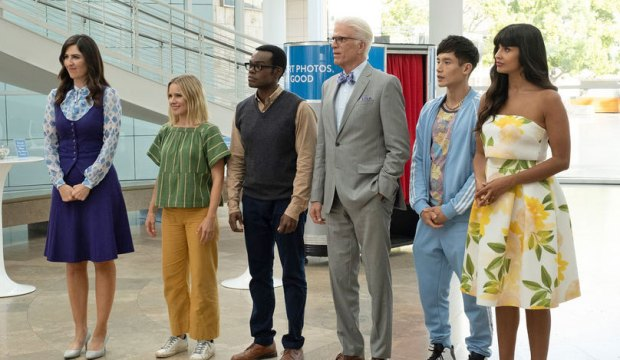 """THE GOOD PLACE -- """"Patty"""" Episode 412 -- Pictured: (l-r) D'Arcy Carden as Janet, Kristen Bell as Eleanor, William Jackson Harper as Chidi, Ted Danson as Michael, Manny Jacinto as Jason, Jameela Jamil as Tahani -- (Photo by: Colleen Hayes/NBC)"""