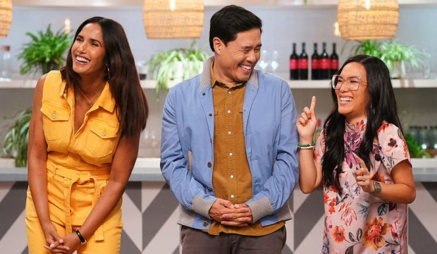 """TOP CHEF -- """"Strokes of Genius"""" Episode 1703 -- Pictured: (l-r) Padma Lakshmi, Randall Park, Ali Wong -- (Photo by: Nicole Weingart/Bravo)"""