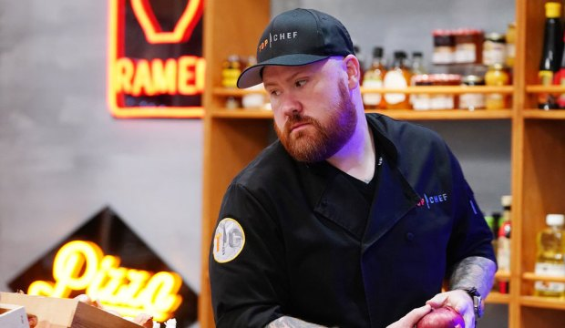 """TOP CHEF -- """"Pitch Perfect"""" Episode 1707 -- Pictured: Kevin Gillespie -- (Photo by: Nicole Weingart/Bravo)"""