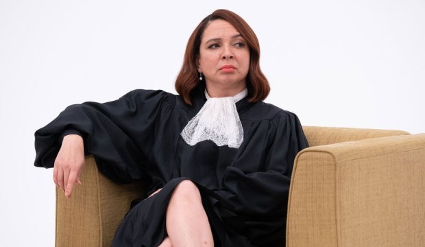 "THE GOOD PLACE -- ""You've Changed, Man"" Episode 410 -- Pictured: Maya Rudolph as Judge -- (Photo by: Colleen Hayes/NBC)"