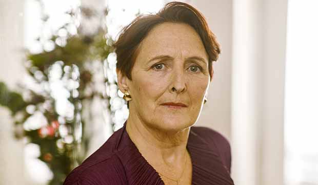 Fiona Shaw ('Killing Eve'): Emmys 2020 episode submission revealed -  GoldDerby