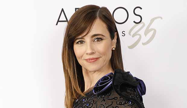 'Dead to Me's' Linda Cardellini on that gut-wrenching car breakdown: It was 'this eruption that has been inside of Judy' [EXCLUSIVE VIDEO INTERVIEW]