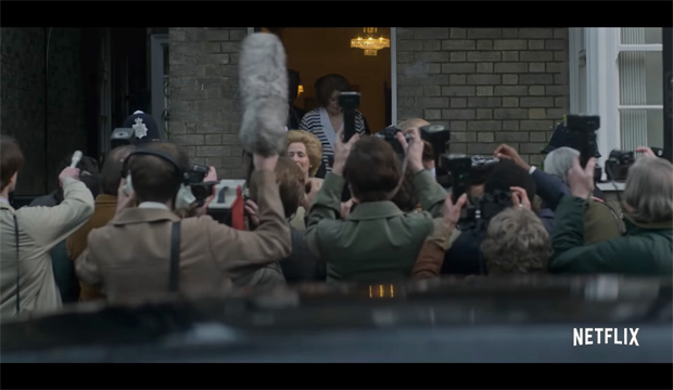 Gillian Anderson as Margaret Thatcher in 'The Crown' (Photo 3)