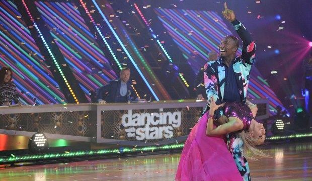 Vernon Davis on Dancing with the Stars