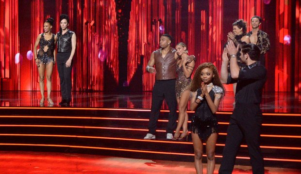 Dancing with the Stars cast at the end of Icons Night