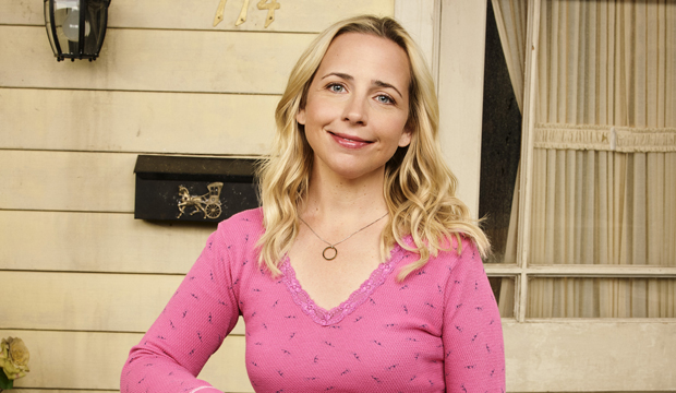 Lecy Goranson the connors