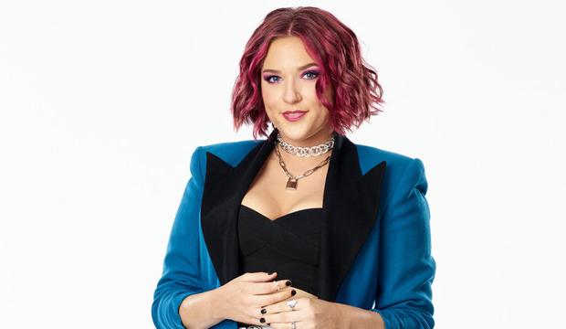 Lindsay Joan the voice season 20