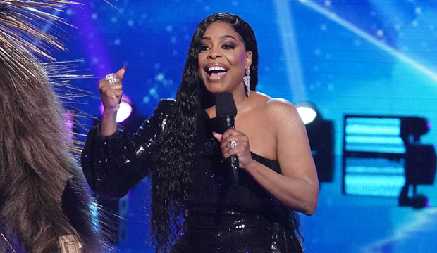 niecy nash the masked singer