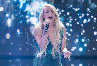 American idol winners Carrie underwood