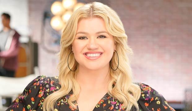 American idol winners kelly Clarkson