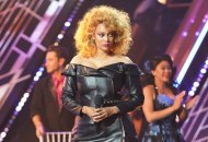 dancing with the stars host tyra banks dwts grease night horror night